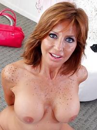 Sexy Redhead Mom Porn